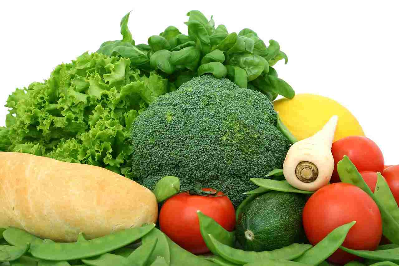 green leafy vegetables to help lower liver enzymes
