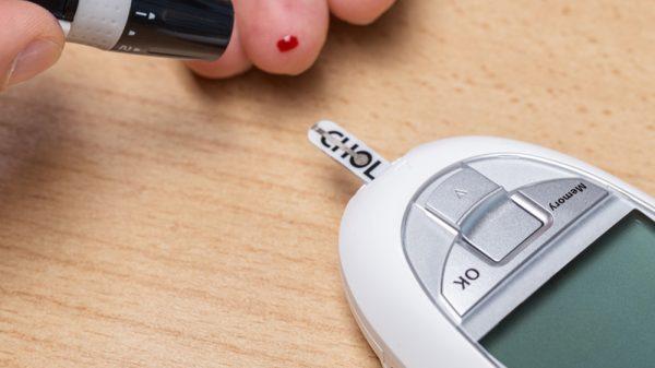 testing using cholesterol meter